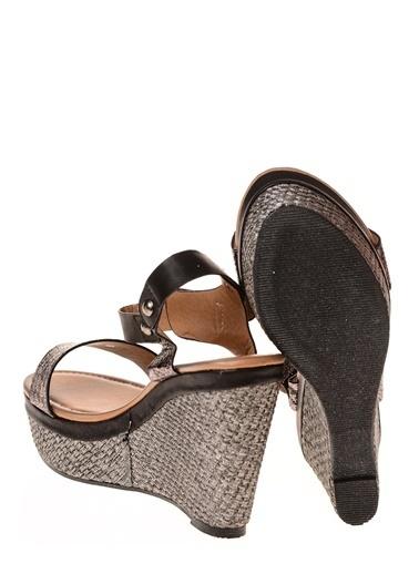 Punto Ayakkabı Haki
